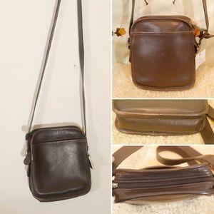 Small Vintage Coach Brown Leather Crossbody Bag